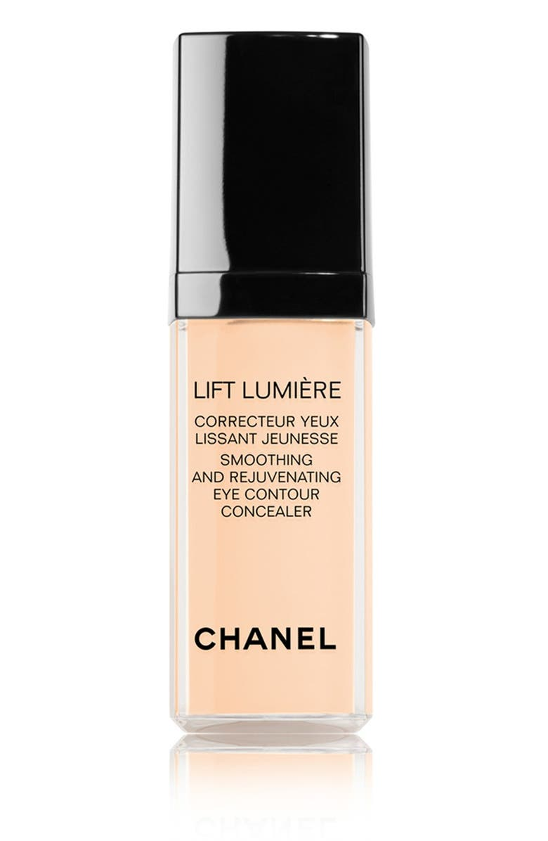 CHANEL LIFT LUMIÈRE <br />Smoothing & Rejuvenating Eye Contour Concealer, Main, color, 002