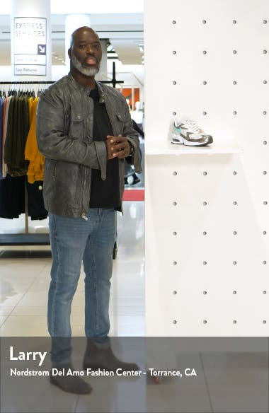Air Max2 Light SE Sneaker, sales video thumbnail