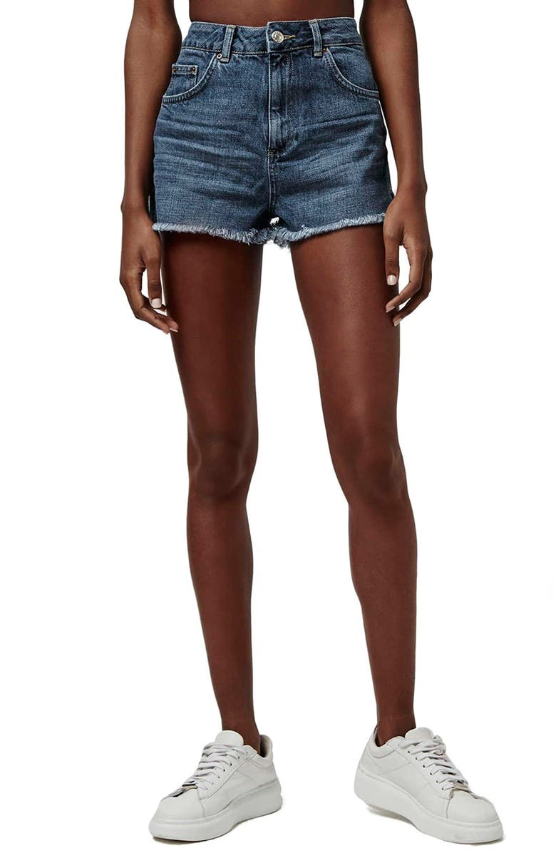 TOPSHOP Cutoff Denim Mom Shorts, Main, color, 400