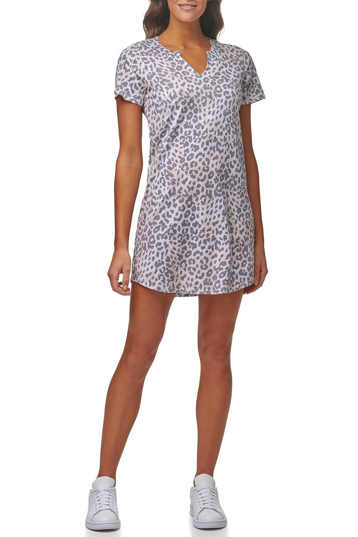 Image of MARC NEW YORK PERFORMANCE Floral Split Neck Short Sleeve Dress