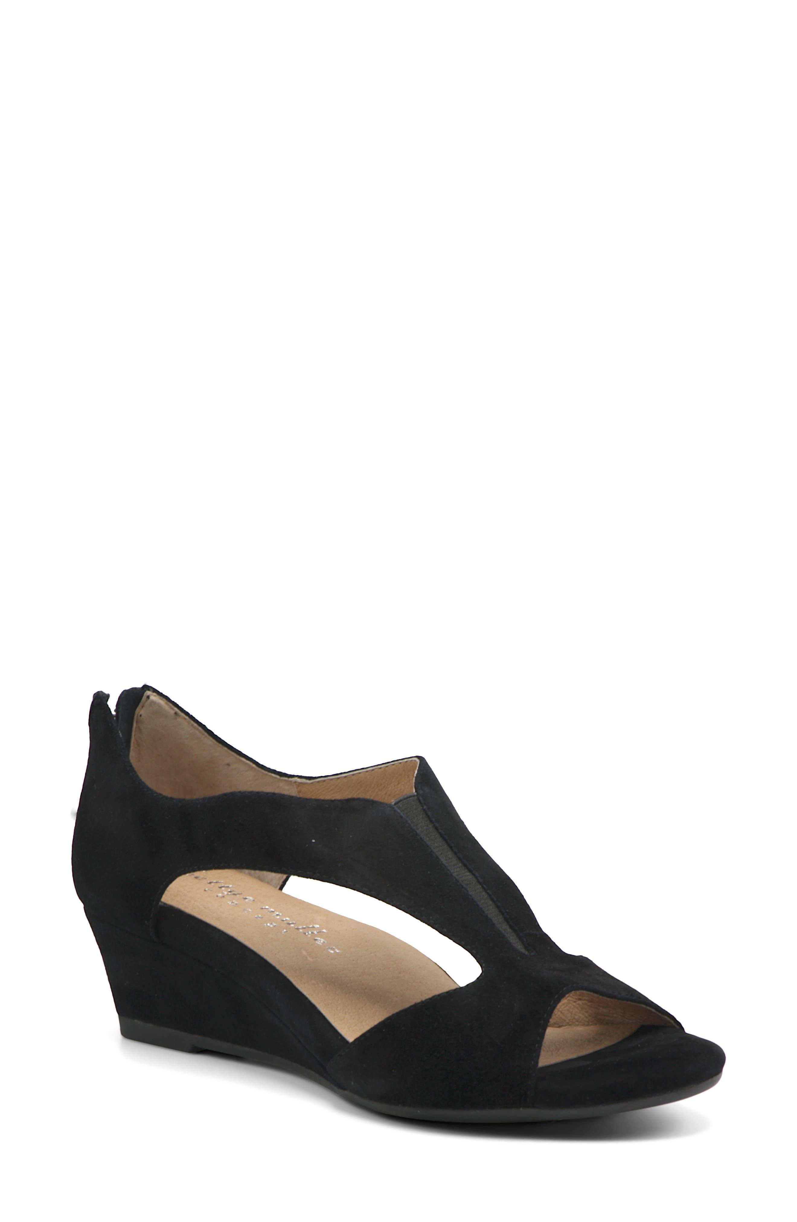 Shaye Wedge Sandal