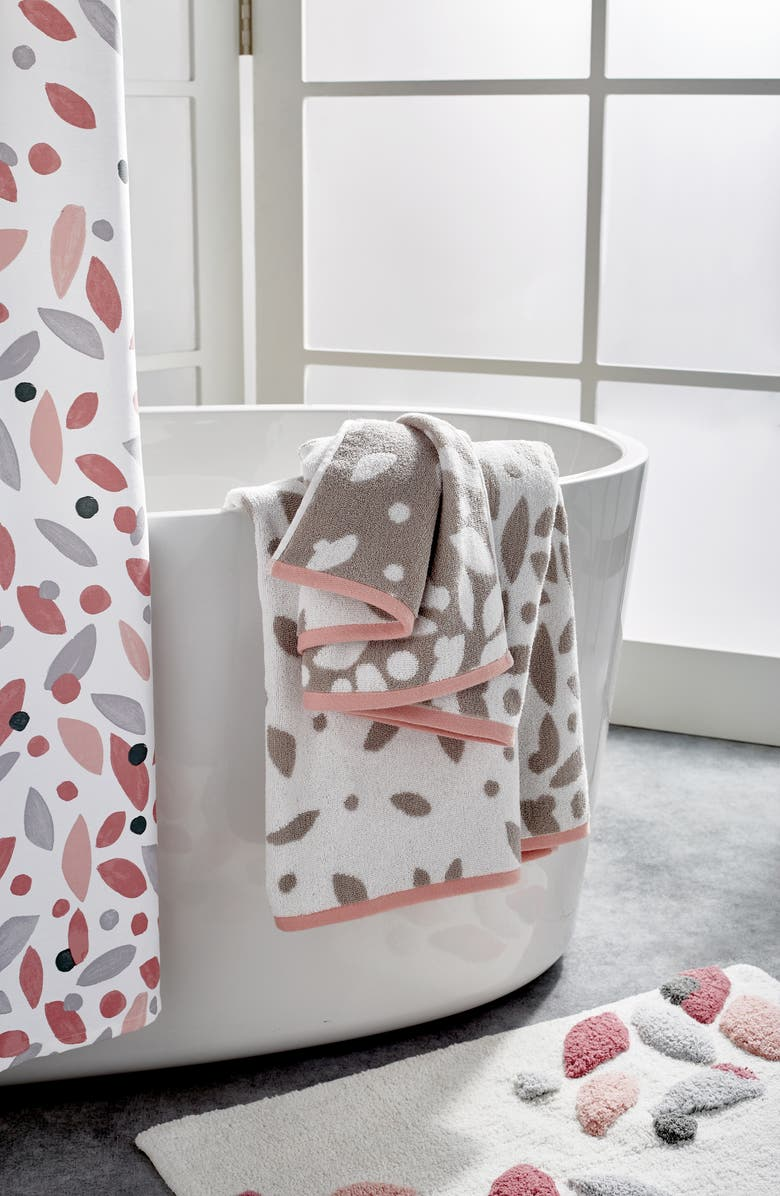 DKNY Petals 5-Piece Bath Towels, Hand Towels & Shower Curtain Set, Main, color, BLUSH