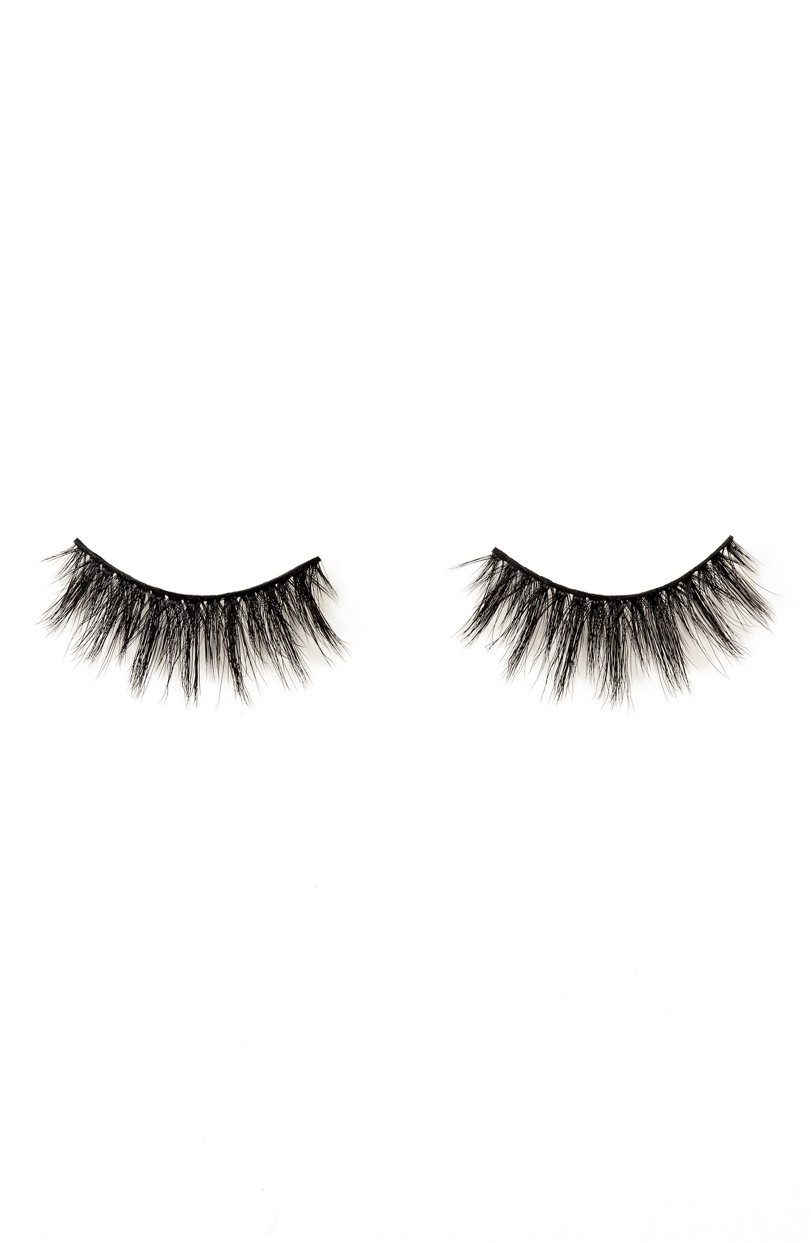 Stand Out Luxe Innovative False Lashes