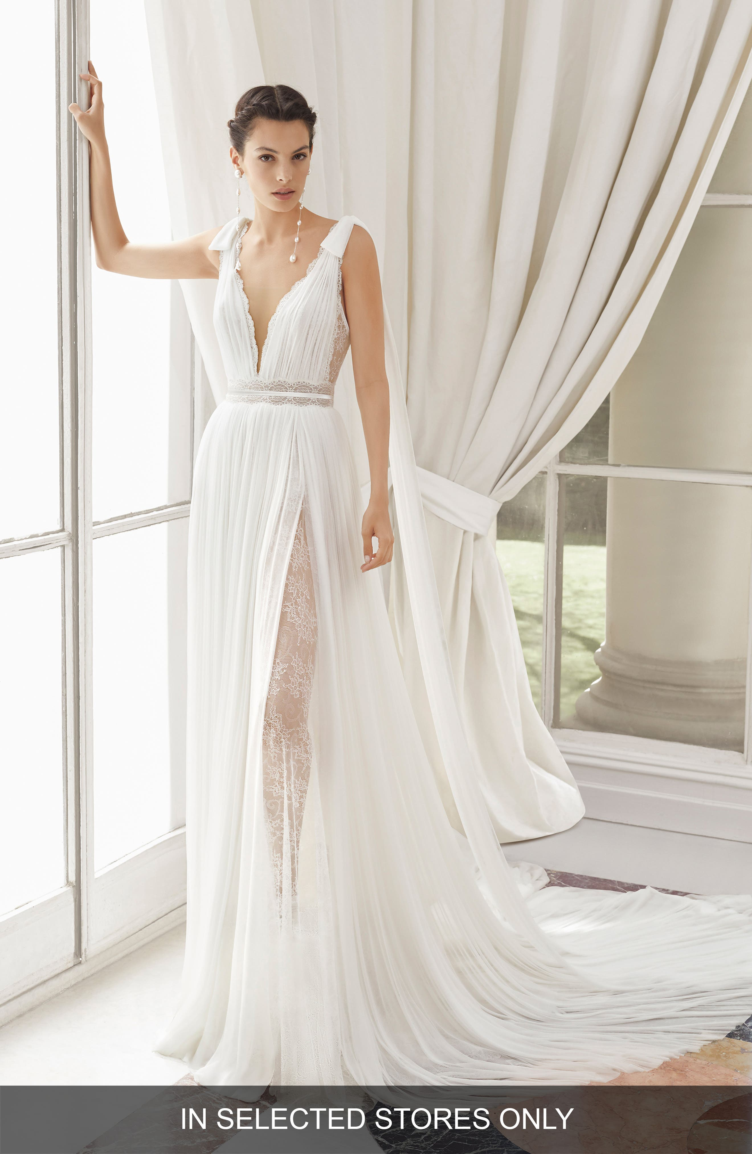 Rosa Clara Couture Med Lace & Silk Blend Muslin Gown, Size - Ivory