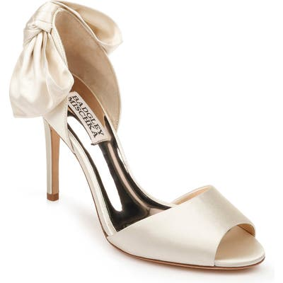 Badgley Mischka Eugenie Bow D