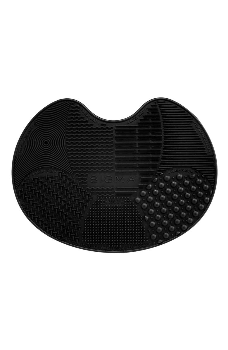 SIGMA BEAUTY Sigma Spa<sup>®</sup> Express Brush Cleaning Mat, Main, color, BLACK