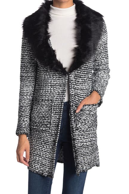 Image of Cliche Wool Blended Faux Fur Collar Cardigan