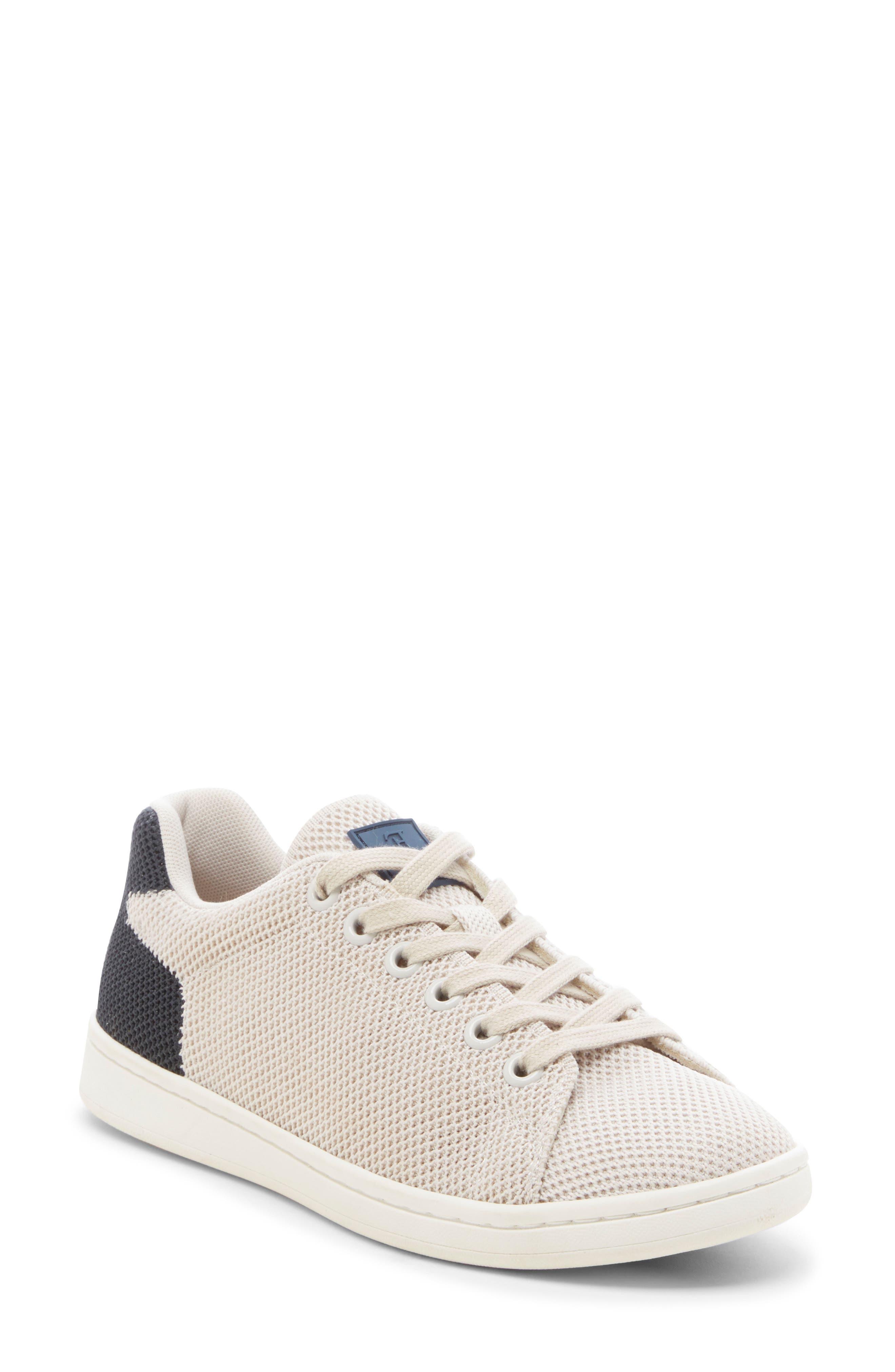 a7a2027ce100 Ed Ellen Degeneres Chavelle Knit Sneaker, Grey