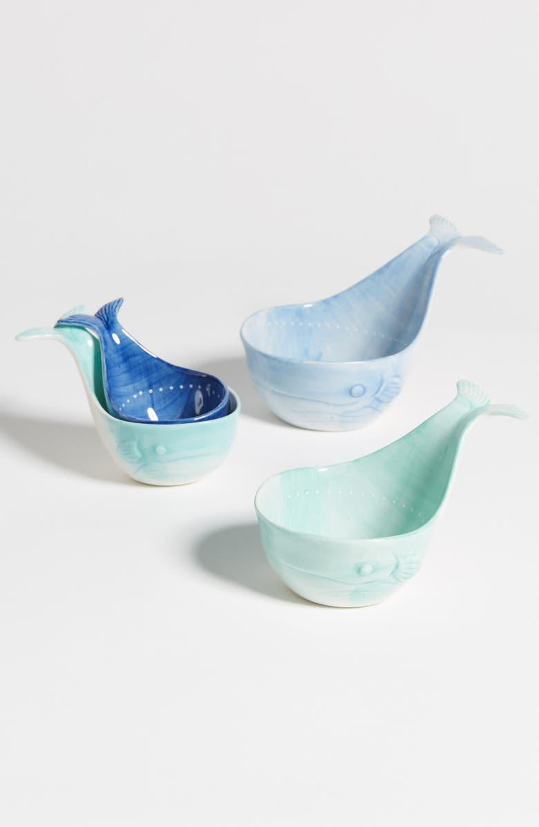 ANTHROPOLOGIE Set of 4 Whale Measuring Cups, Main, color, BLUE