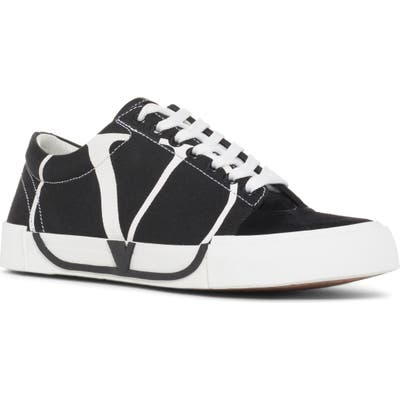 Valentino Garavani Tricks Sneaker - Black