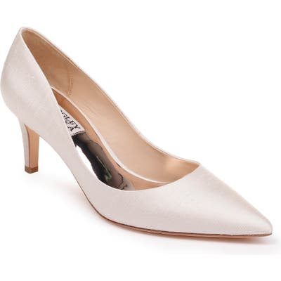 Badgley Mischka Lana Pump, Ivory