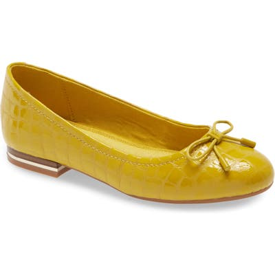 Kenneth Cole New York Balance Ballet Flat, Yellow