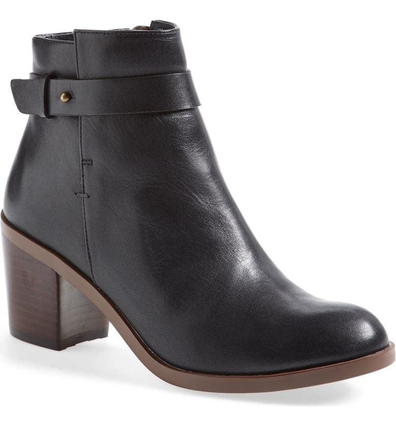 HALOGEN<SUP>®</SUP> 'Glenna' Leather Ankle Bootie, Main, color, 001
