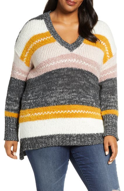 Image of Caslon Mixed Stripe V-neck Pullover