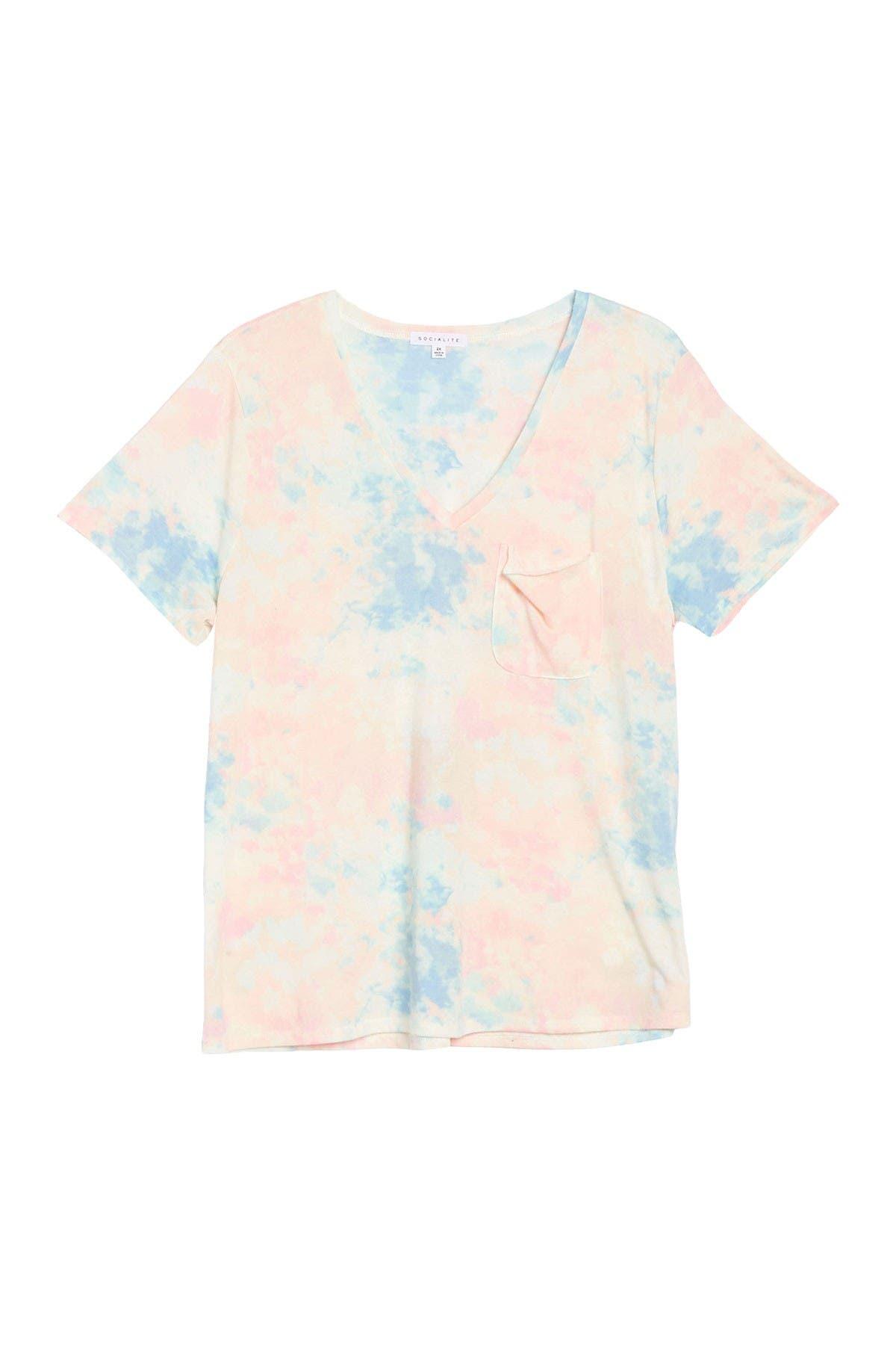 Image of Socialite V-Neck Pocket T-Shirt