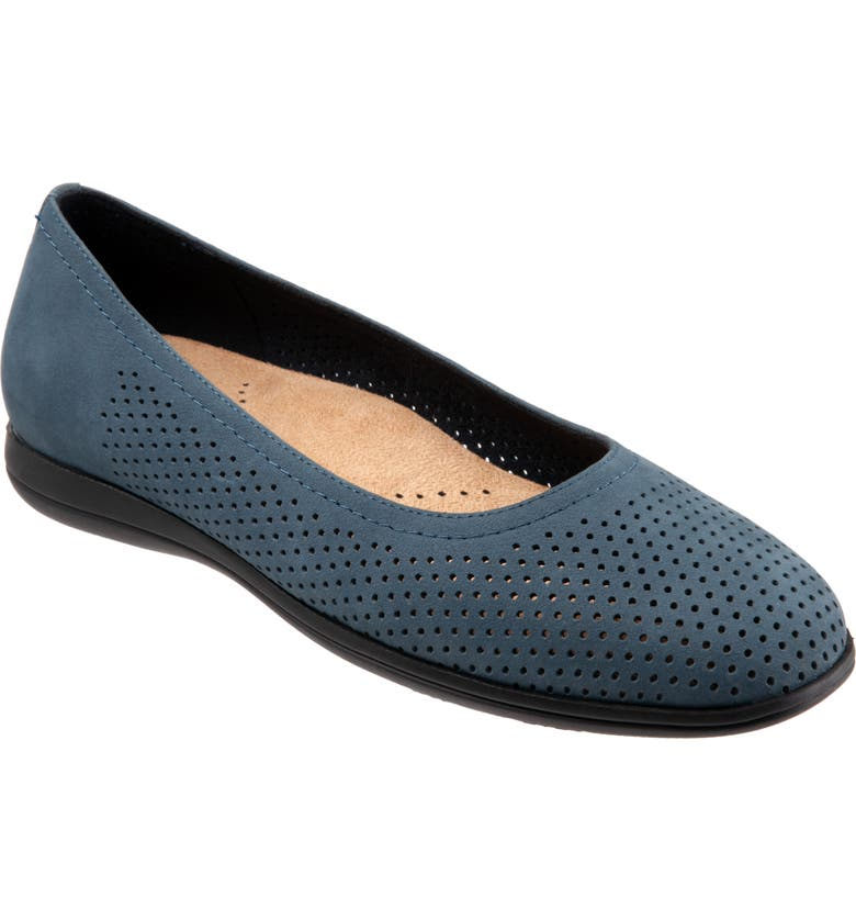 TROTTERS Darcey Skimmer Flat, Main, color, DENIM LEATHER