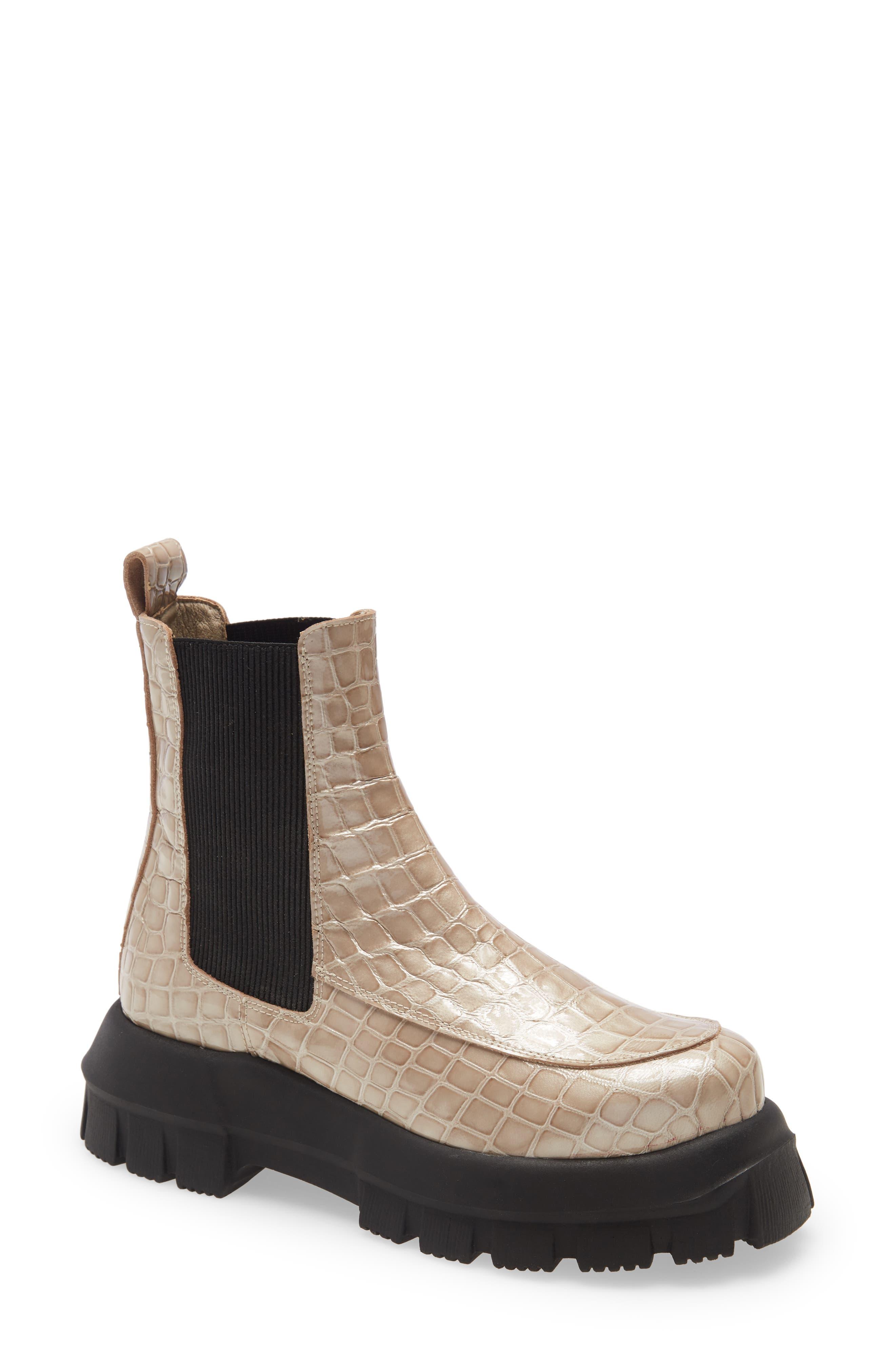 Image of TOPSHOP Alpha Platform Chelsea Boot