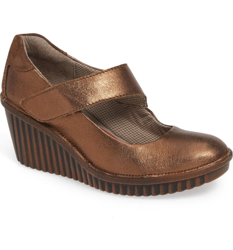 BIONICA Darva Wedge Pump, Main, color, BRONZE LEATHER