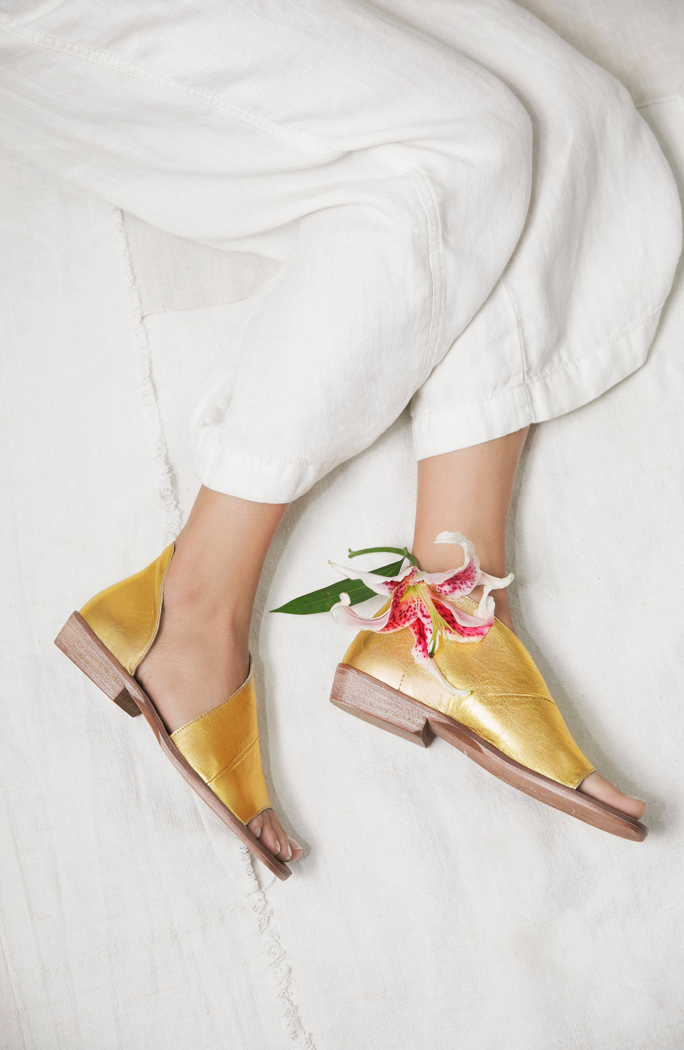 ,                             'Mont Blanc' Asymmetrical Sandal,                             Alternate thumbnail 8, color,                             NATURAL