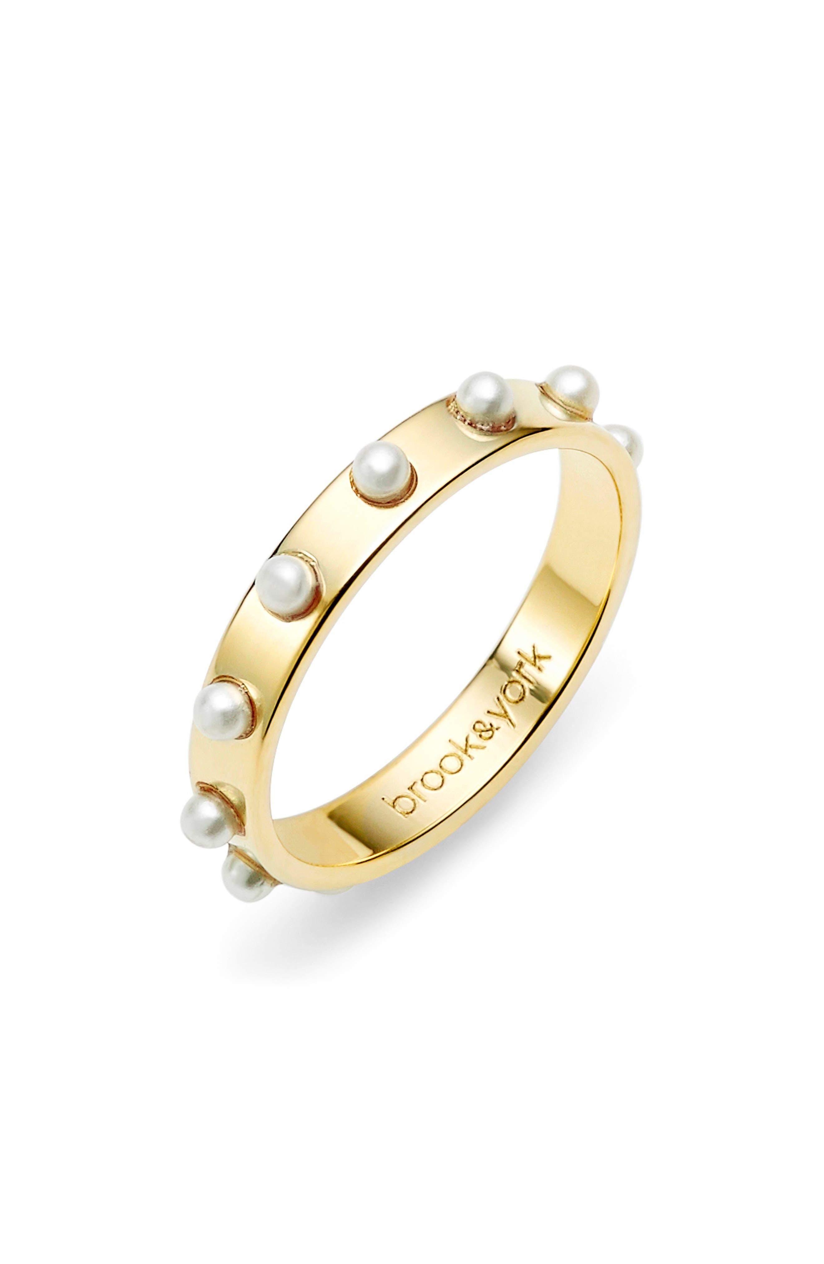 Holly Imitation Pearl Ring