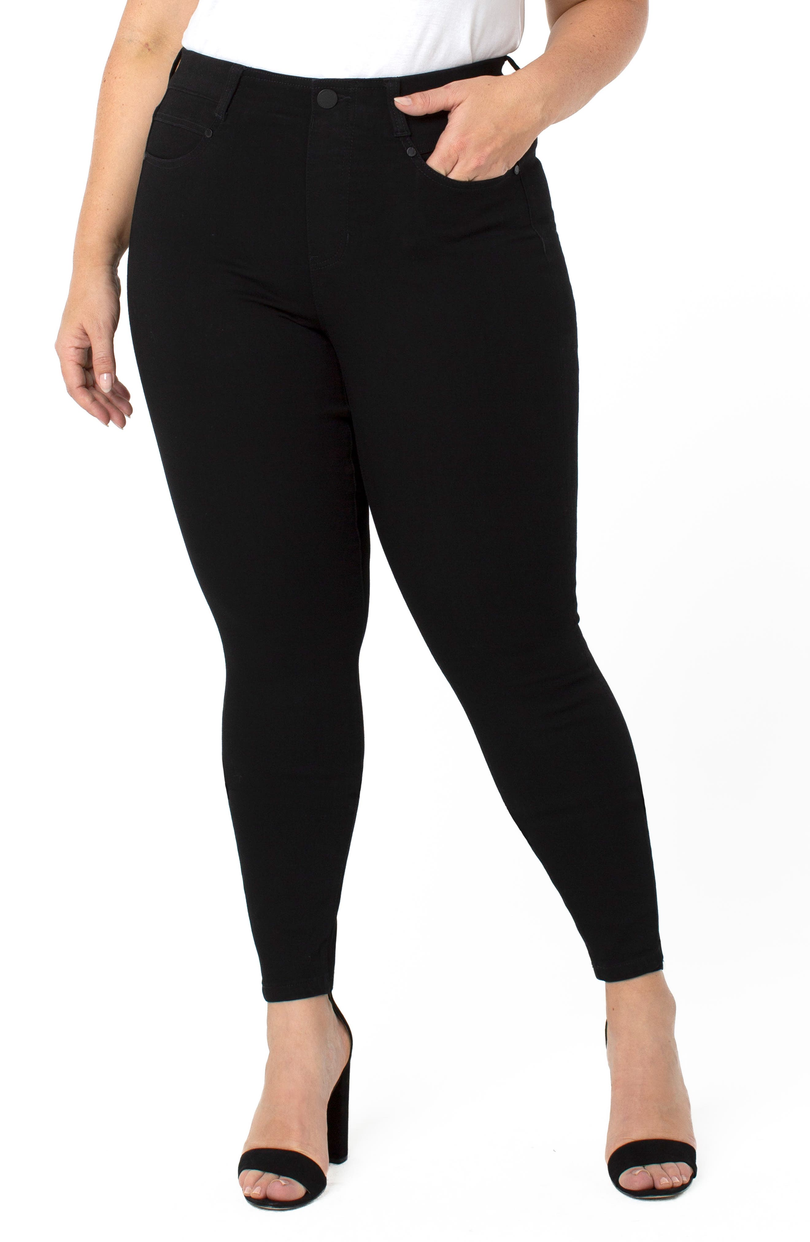 Gia Pull-On Glider Skinny Jeans