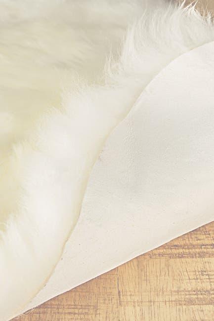 Image of Natural Genuine Sheepskin Throw - 3' x 5' - Natural