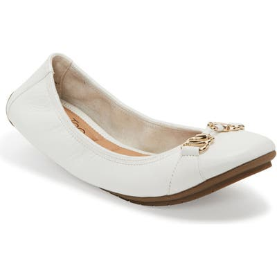 Me Too Olympia Skimmer Flat, White