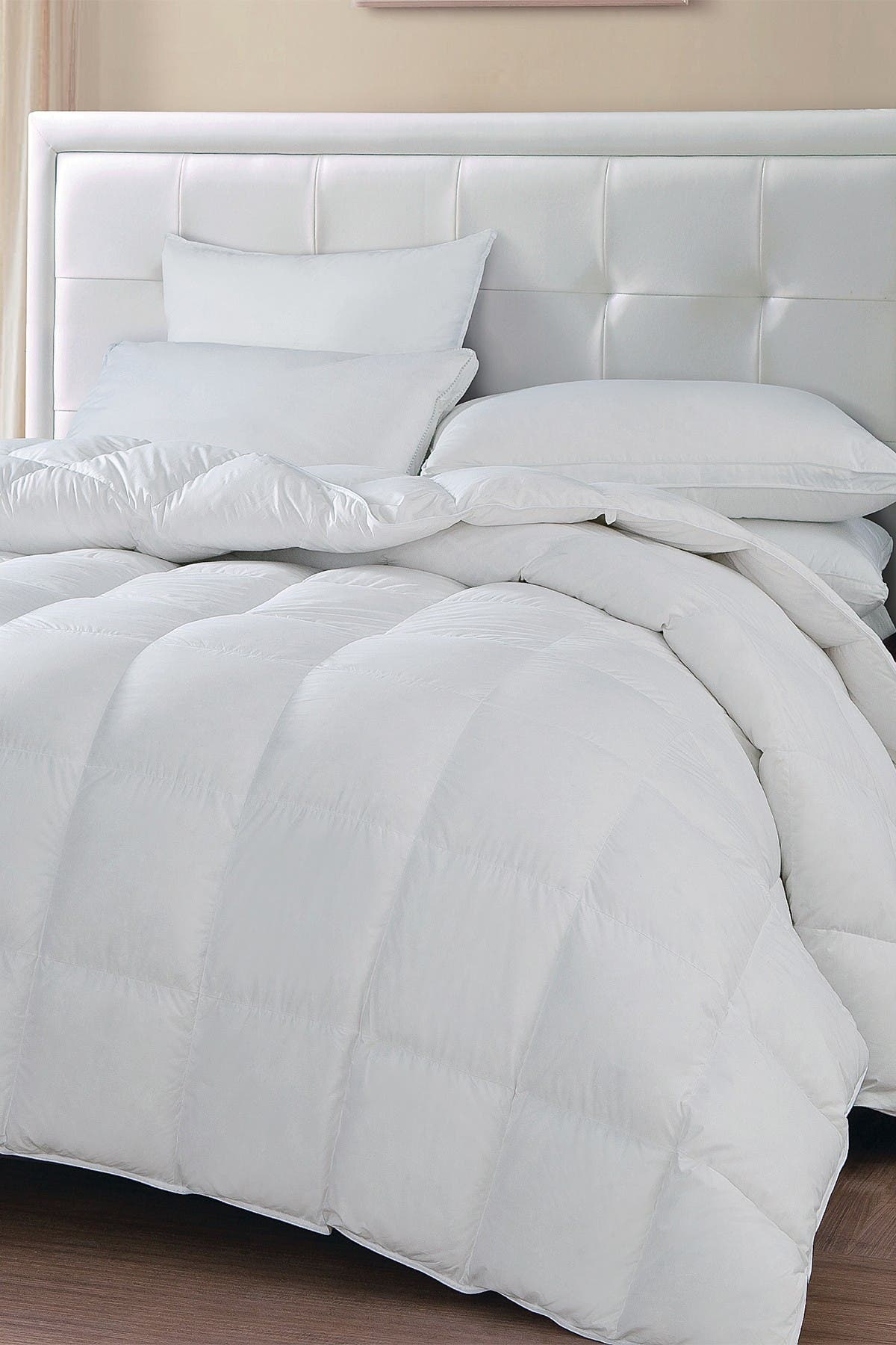 Image of Blue Ridge Home Fashions Oslo Medium Wamth White Goose Down & Feather Comforter - Full/Queen - White