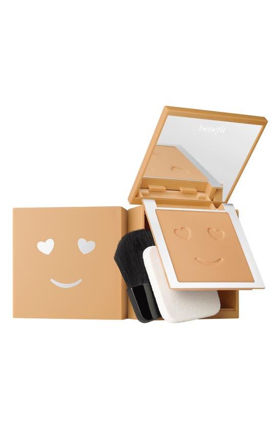 Benefit Cosmetics Benefit Hello Happy Velvet Powder Foundation In Shade 6- Medium Warm