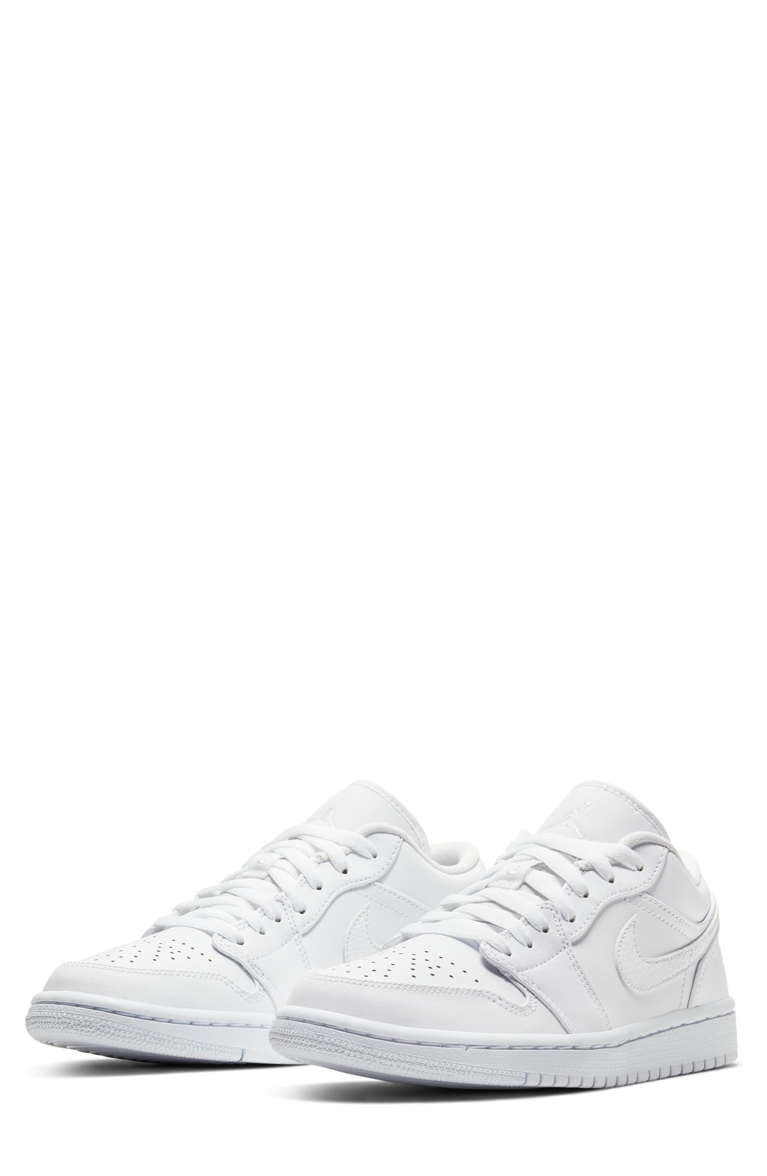 Nike Air Jordan 1 Low Sneaker (Women