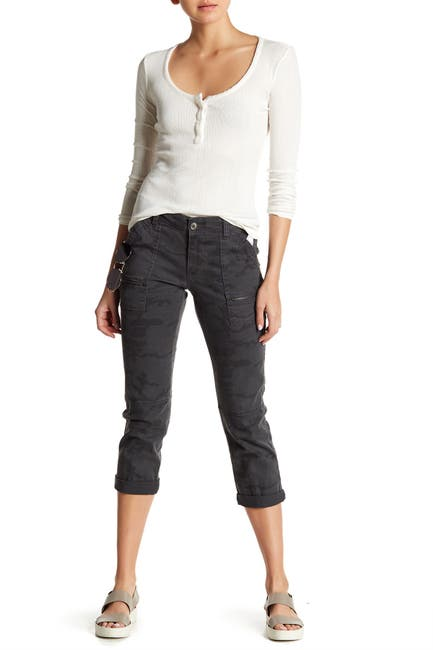 Image of SUPPLIES BY UNION BAY Norma Camo Cargo Crop Pants