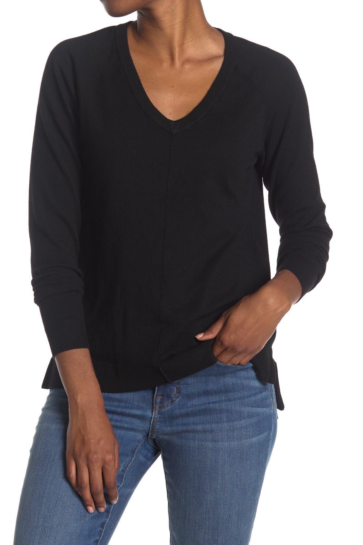 Image of Bobeau V-Neck Knit Pullover Sweater