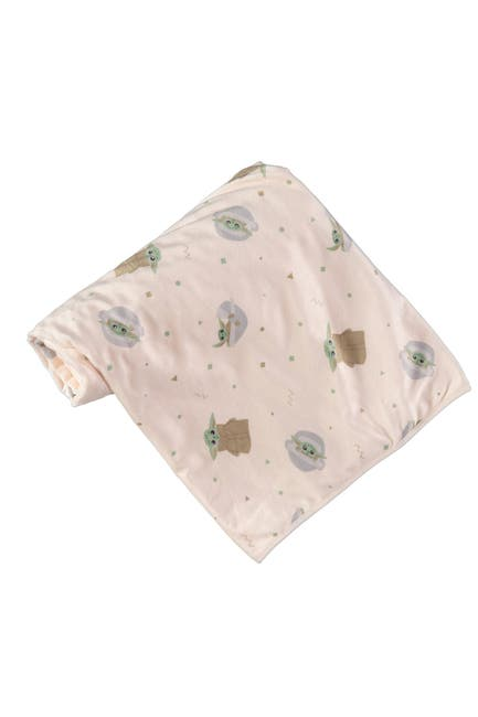 Image of HAPPY THREADS Baby Yoda Plush Blanket