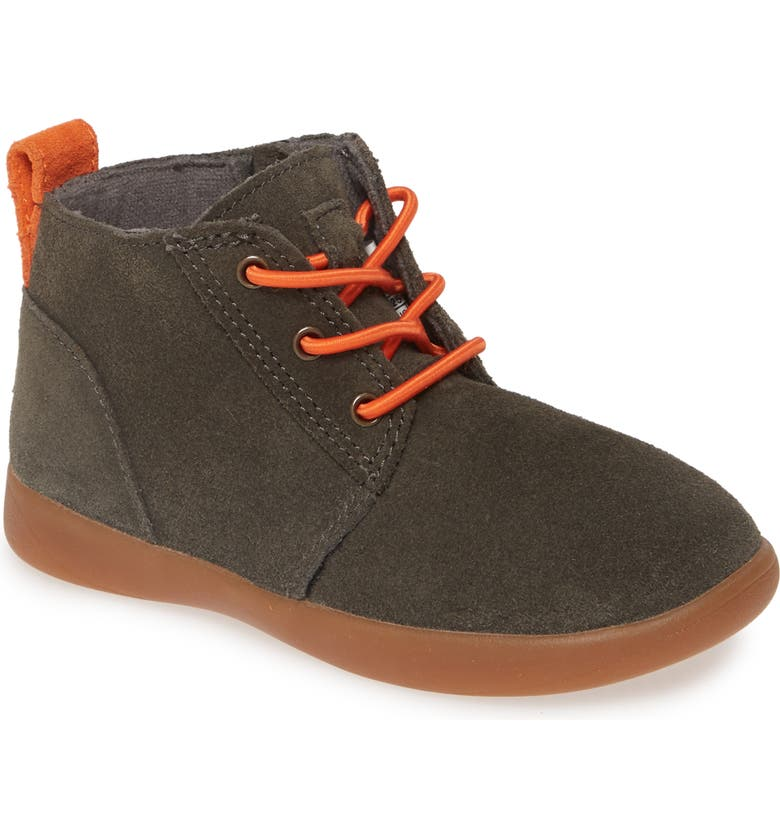 UGG<SUP>®</SUP> Kristjan Chukka Sneaker, Main, color, BLACK OLIVE