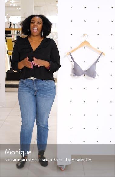 Beautiful Lace Trim Underwire Plunge Bra, sales video thumbnail