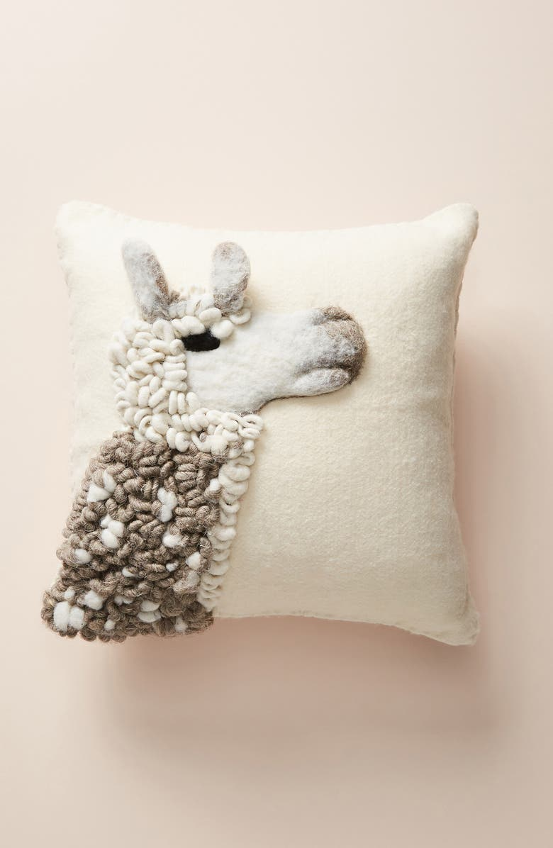 ANTHROPOLOGIE HOME Anthrolopogie Ernie and Irene Llama Pillow, Main, color, 250