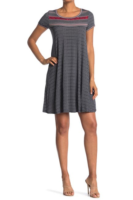 Image of Max Studio Short Sleeve Shift Dress