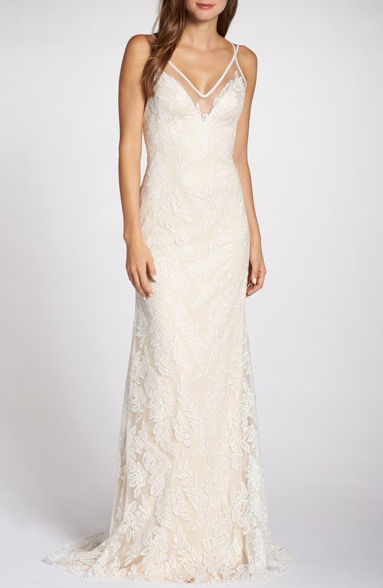 Tadashi Shoji Wedding.Lace Applique V Neck Tulle Wedding Dress