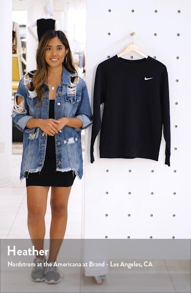 Sportswear Essential Loose Fit Fleece Sweatshirt, sales video thumbnail
