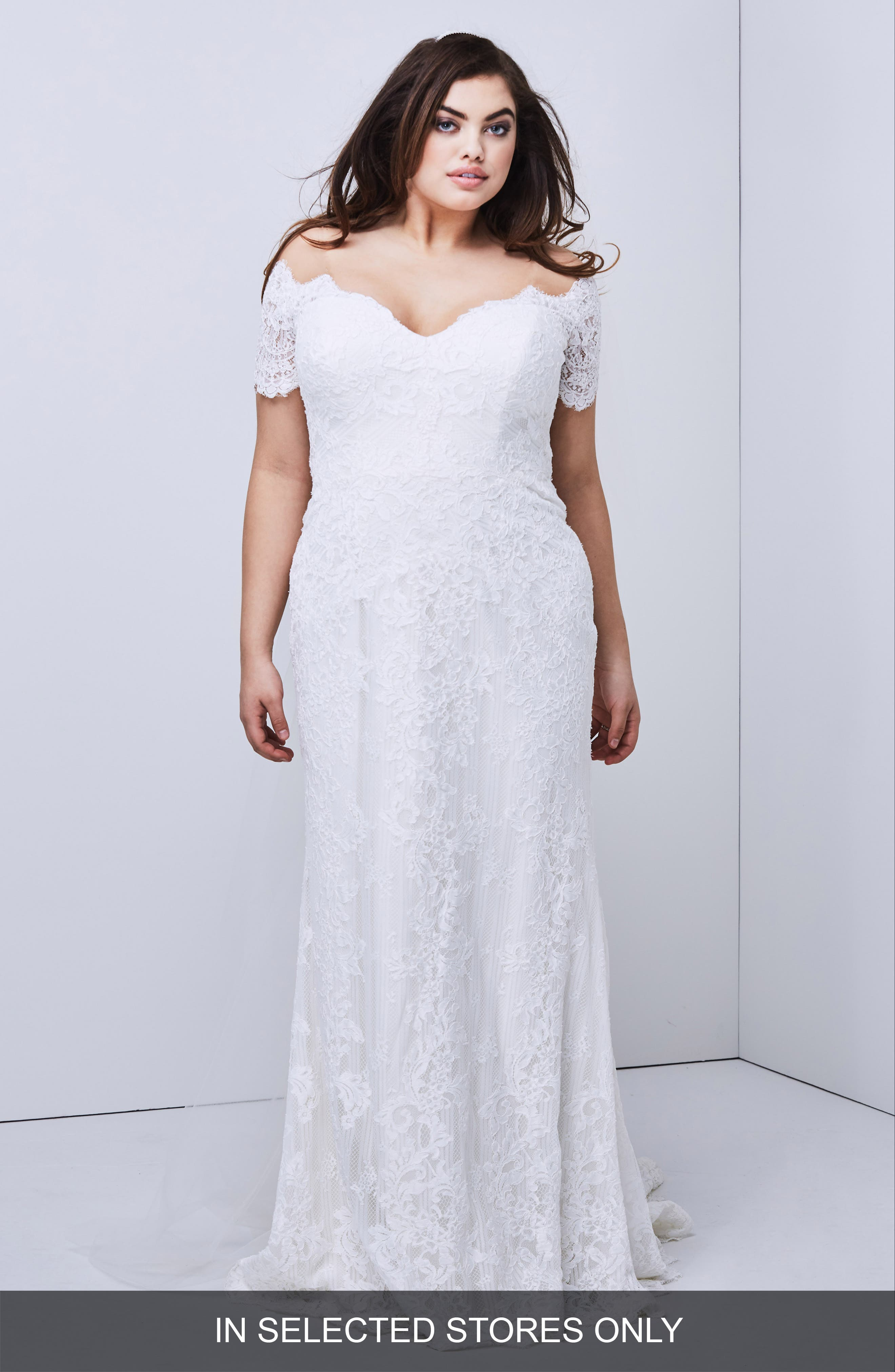 Watters Visconti Short Sleeve Lace Gown, Size IN STORE ONLY - Ivory