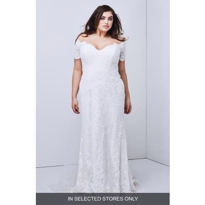 Watters Visconti Short Sleeve Lace Gown