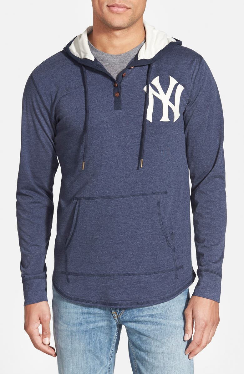 the latest 012cf 8d1b0 Mitchell & Ness 'New York Yankees - Playoff Spot' Hoodie ...