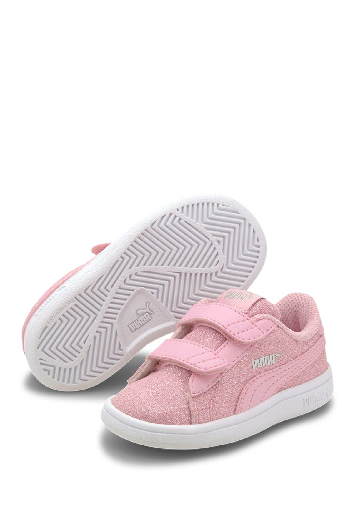 PUMA | Smash V2 Glitz Glam V Sneaker