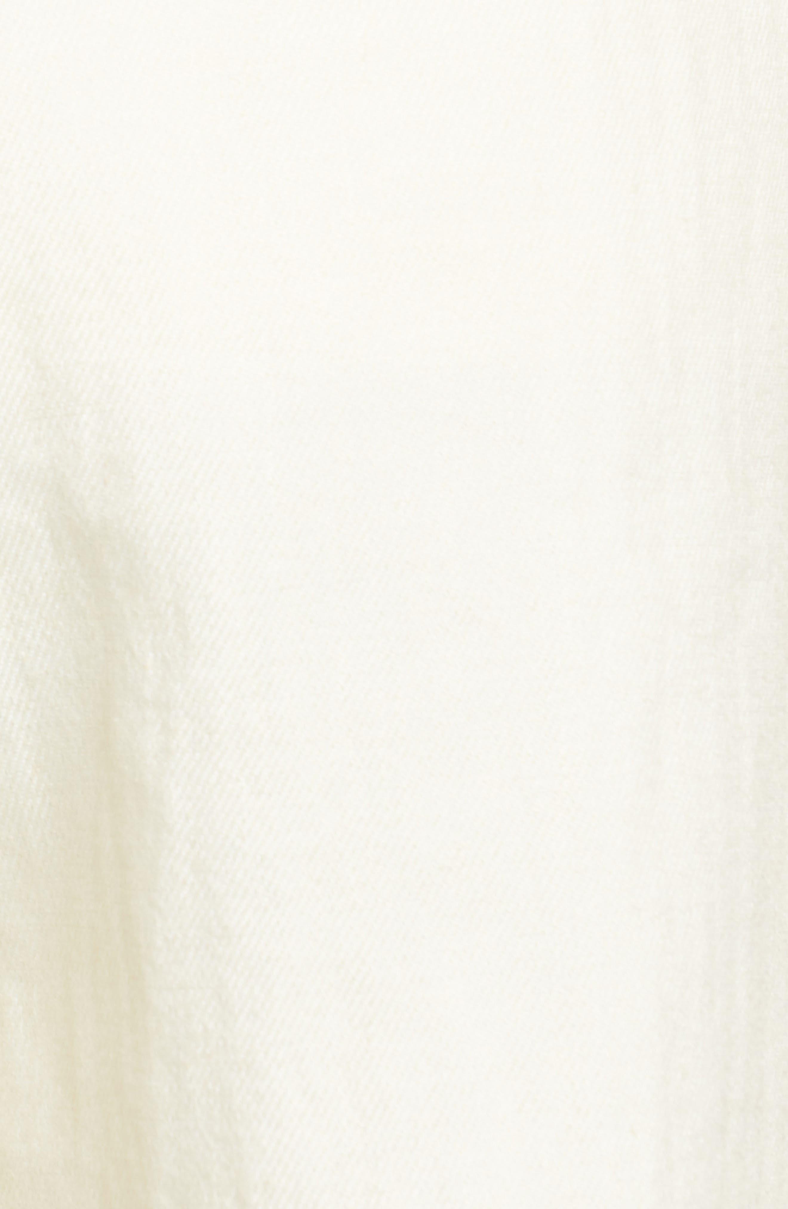 ,                             Pleated Shorts,                             Alternate thumbnail 5, color,                             250