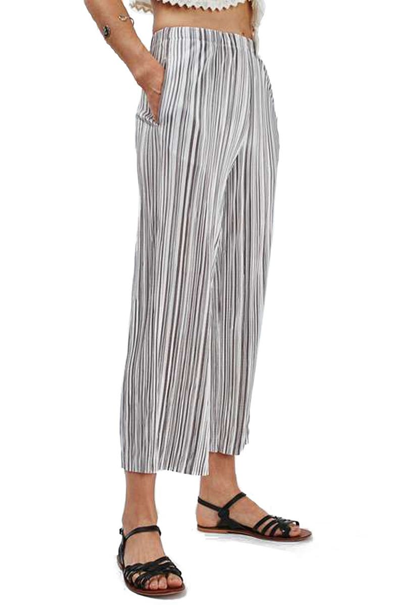 TOPSHOP Stripe Pleat Crop Trousers, Main, color, 040