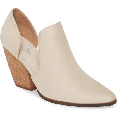 Charles By Charles David Nalani Bootie- Beige
