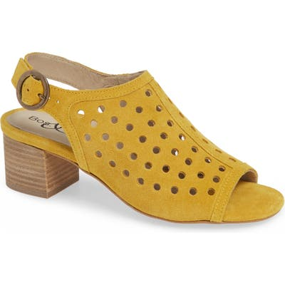 Bos. & Co. Toos Sandal, Yellow