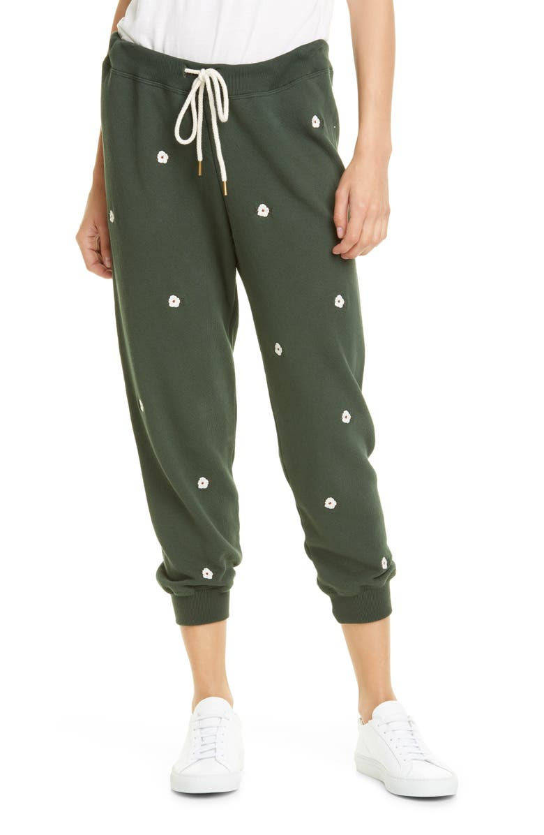 THE GREAT. The Cropped Sweatpants with Floral Embroidery, Main, color, CLOVER