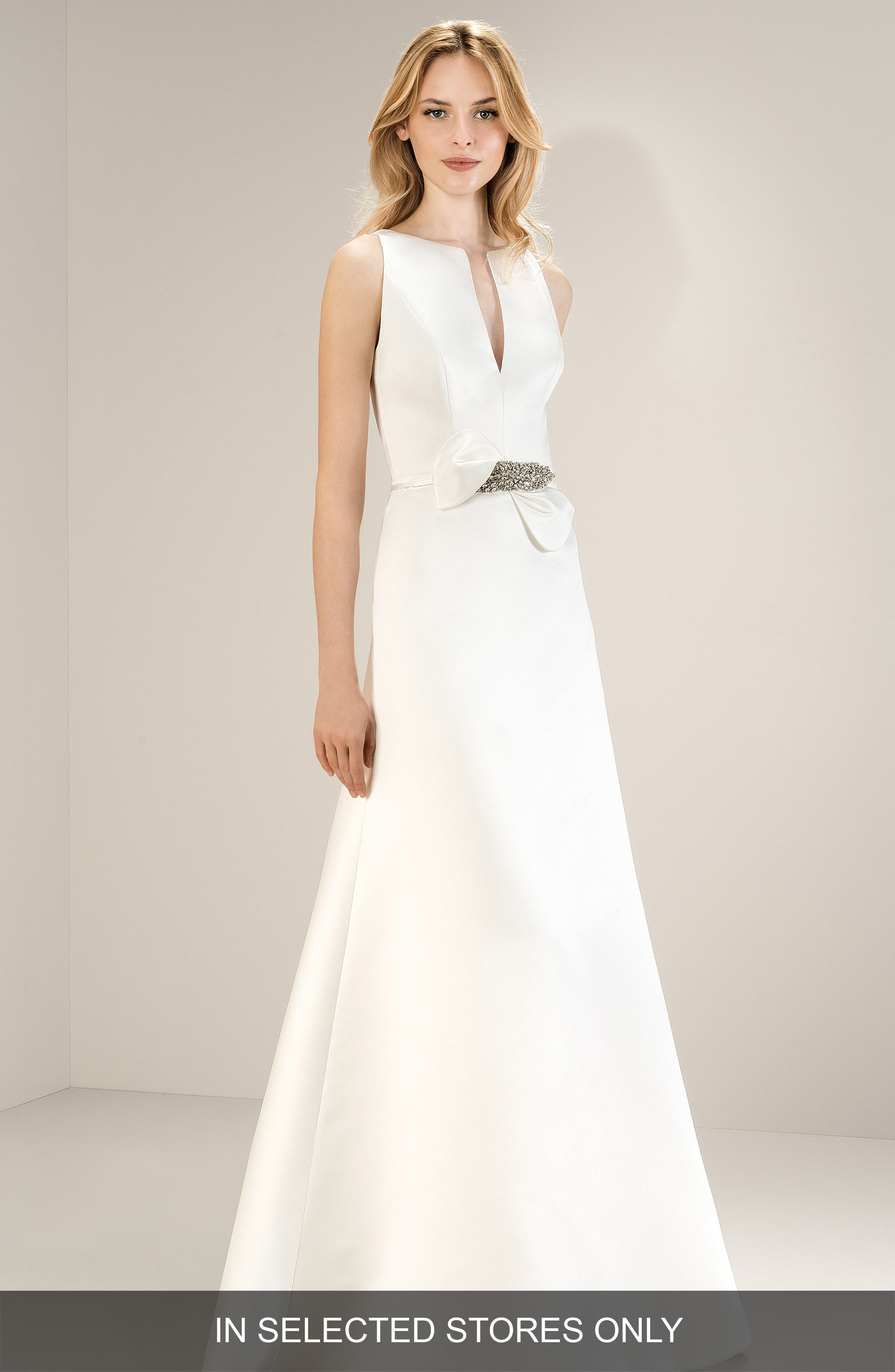 Jesus Peiro Sleeveless Split Neck Satin Gown, Size - Ivory