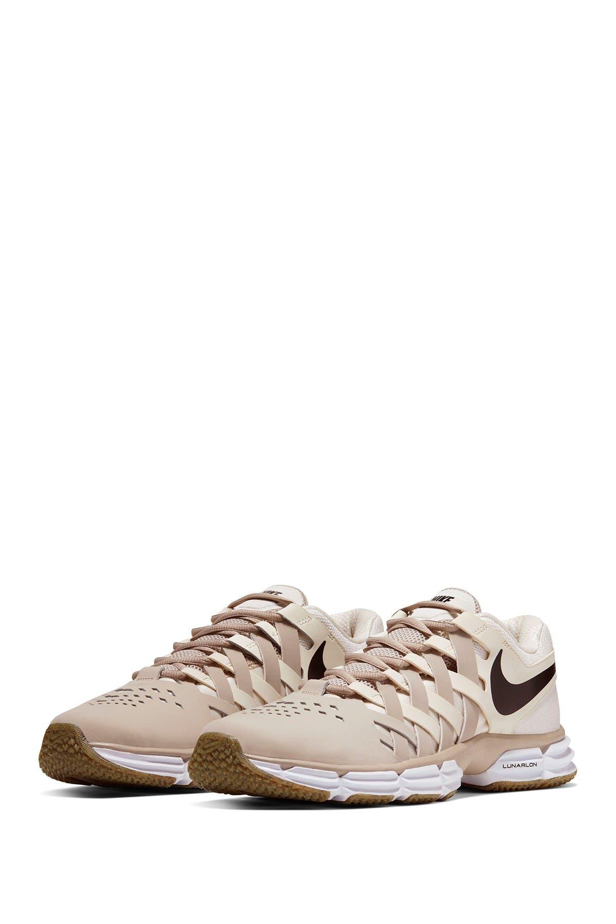 Nike | Lunar Fingertrap Sneaker